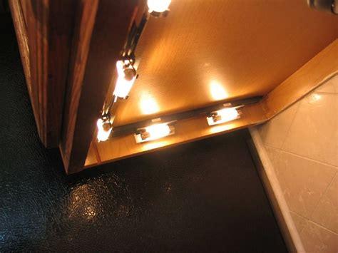 kitchen cabinet lighting kitchen