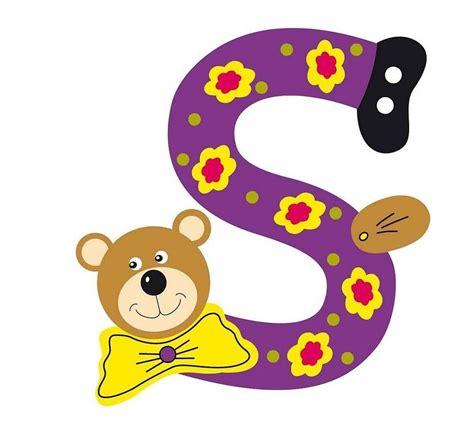 chambre bebe ourson lettre alphabet bébé en bois ourson s