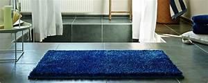 Tapis Bleu Nuit : les couleurs de tapis ~ Teatrodelosmanantiales.com Idées de Décoration