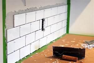 Kitchen makeover diy kitchen backsplash subway tile for Diy backsplash tile installation
