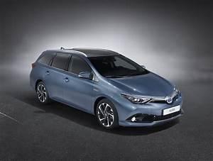 Toyota Auris Design : toyota auris touring specs photos 2013 2014 2015 autoevolution ~ Medecine-chirurgie-esthetiques.com Avis de Voitures