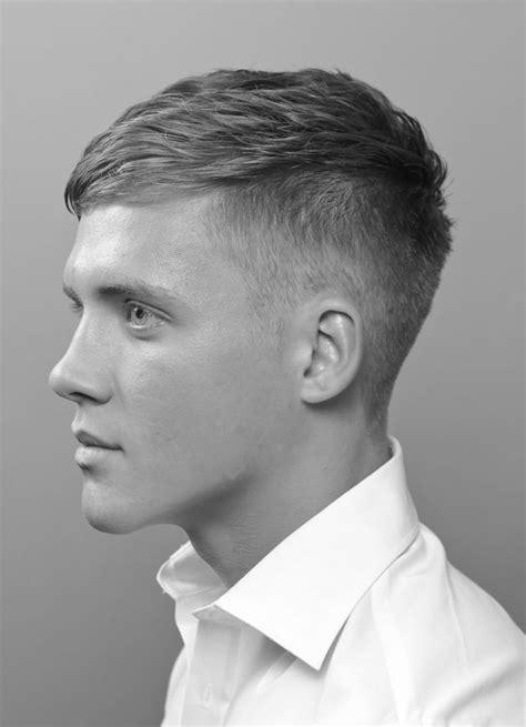 fresh fashionable mens short   sides haircuts