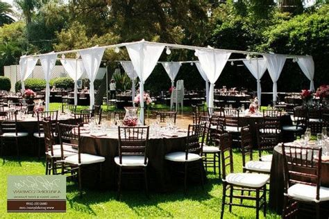 inexpensive backyard wedding inexpensive backyard weddings cheap outdoor wedding ideas