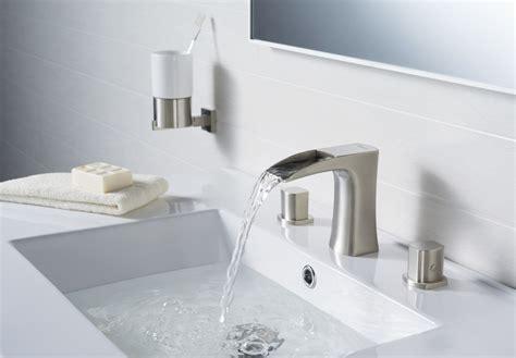 modern bathroom faucets  contemporary art amaza design