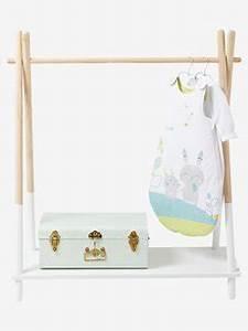 Portant Vetement Bois : armoire enfant et portant meubles rangements pour enfants vertbaudet ~ Teatrodelosmanantiales.com Idées de Décoration