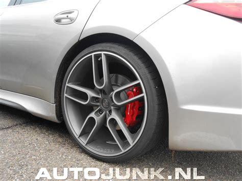 Caractere Porsche Panamera Turbo Fotos Autojunknl 127544