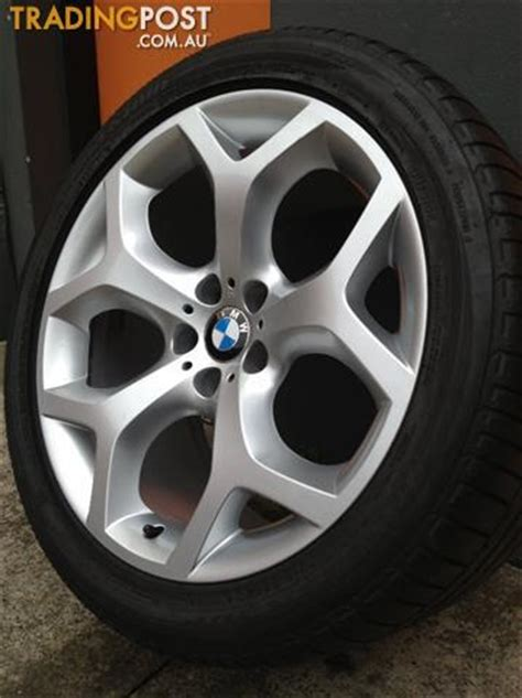 bmw    sport luxury   staggered alloy wheels tyres