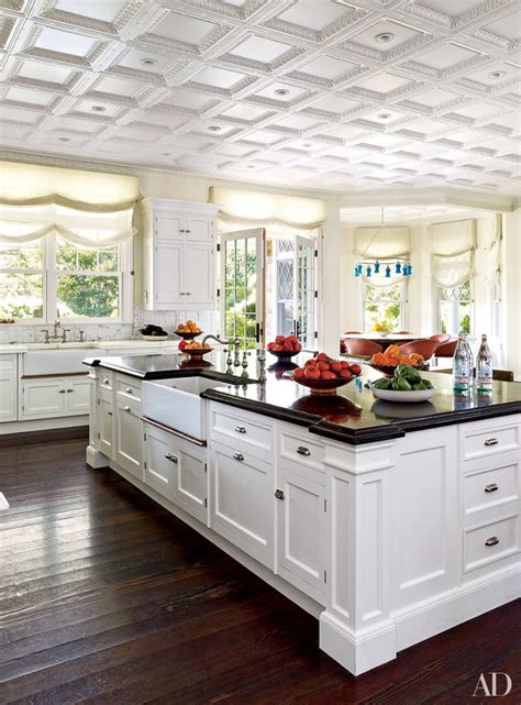 why dont kitchen cabinets go to the ceiling why you can t go wrong with white kitchen cabinets