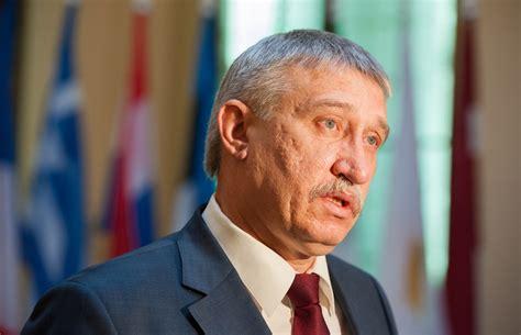Kalnmeiers: Ģenerālprokuroram ir jābūt cilvēkam ar stingru ...