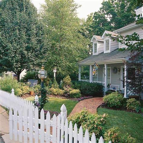 The Elements Of Great Landscape Design  Picket Fences