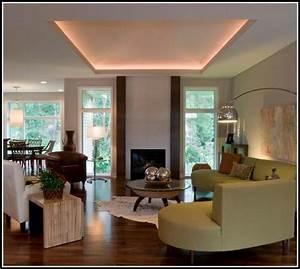 Indirekte Deckenbeleuchtung Wohnzimmer : led indirekte deckenbeleuchtung wohnzimmer wohnzimmer ~ Michelbontemps.com Haus und Dekorationen