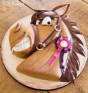 Horse Cake - Paul Bradford Sugarcraft School