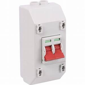 Wylex 2 Pole Isolator Switch With Enclosure 100a