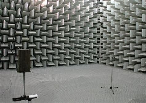 chambre acoustique file chambre anéchoïque du laboratoire national de