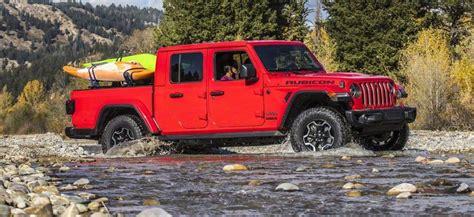 2020 Jeep Gladiator Vs Toyota Tacoma by 2020 Jeep Gladiator Vs 2020 Toyota Tacoma