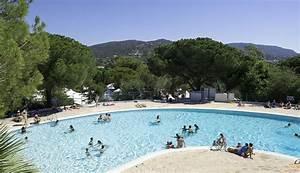 Camping avec piscine a hyeres for Camping bormes les mimosas avec piscine