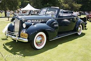 1940 Packard 160 Convertible Coupe information