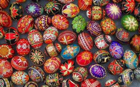 10 Beautiful Slavic Easter Egg Decorations To Inspire You