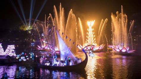 disney world light show rivers of light at disney s animal kingdom