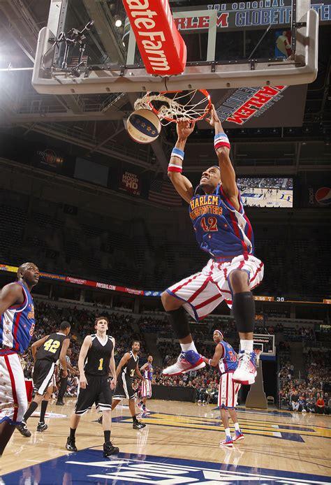 globetrotters skilled  basketball laughter  blade