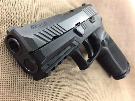 sig sauer p320 compact 40 auto sights special buy