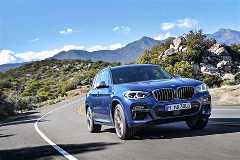 A chevron arrow pointing down. 48Vマイルドハイブリッドテクノロジー採用の「BMW X3 M40d」登場 【ニュース】 - webCG