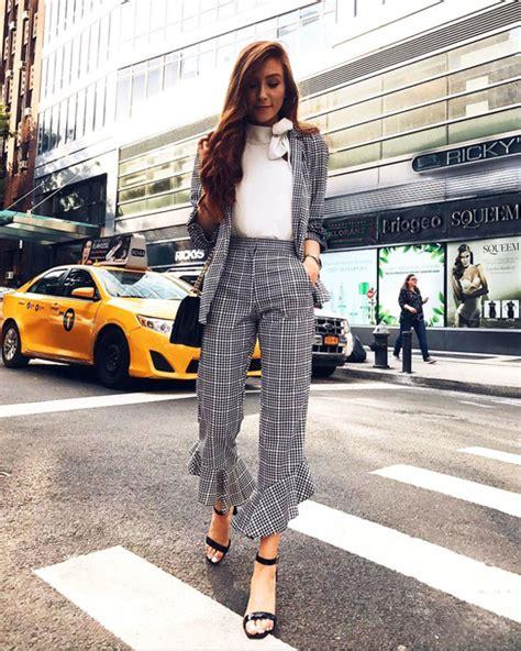 Pants tumblr kick flare grey pants cropped pants top white top fall outfits matching set ...