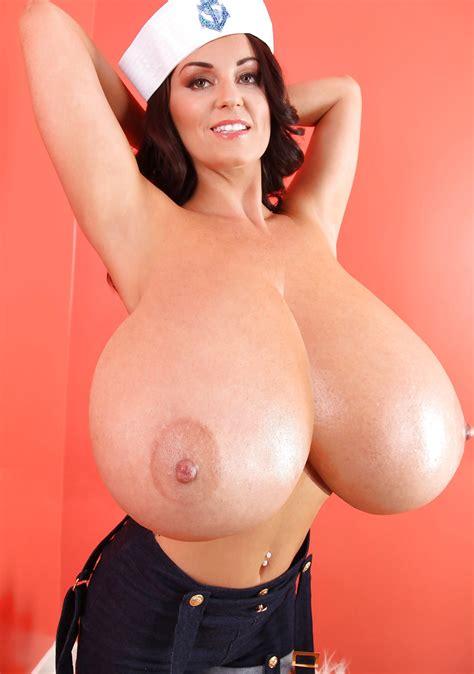 Sehr Große Brüste Porno Bilder Sex Fotos Xxx Bilder