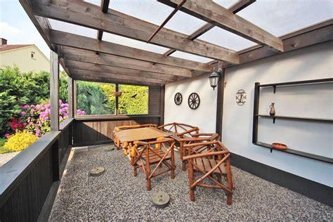 Doppelhaushälfte Mit Garage Und Großem Garten