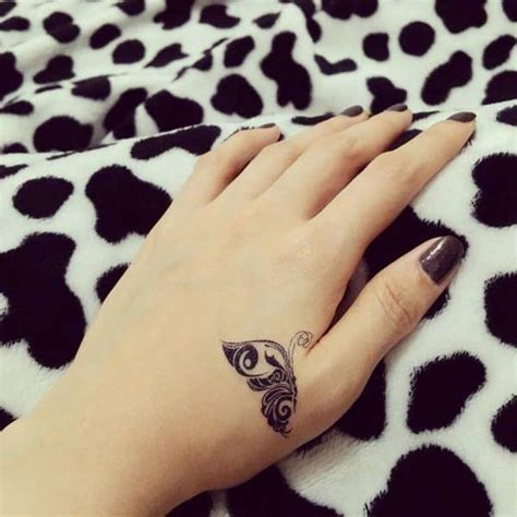 cute tattoos  girls  lovely designs