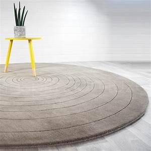 tapis rond gris pas cher interesting tapis rond gris pas With tapis jonc de mer avec canapé cuir blanc la redoute