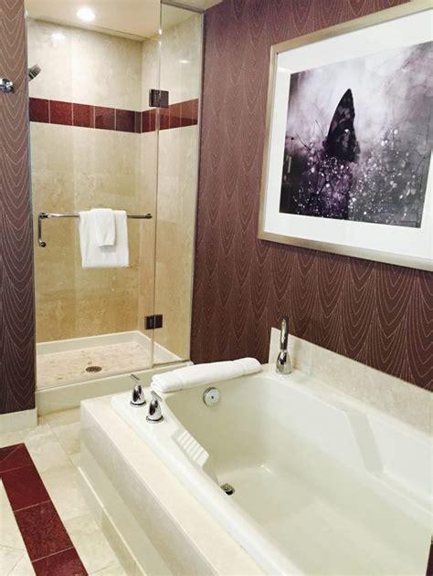 mandalay bays remodeled hotel rooms give  beach vibe