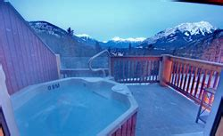 hotels in banff with tub banff hotels with outdoor tubs canadian rockies