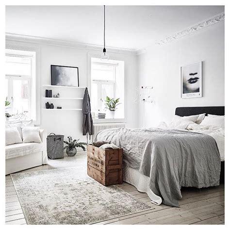 Best 25+ Modern White Bedrooms Ideas On Pinterest