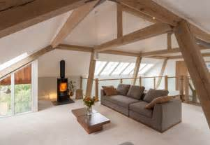Loft Der Moderne Lebensstilloft Mit Oberlicht by The Carpenter Oak Show House Kingskerswell Contemporary