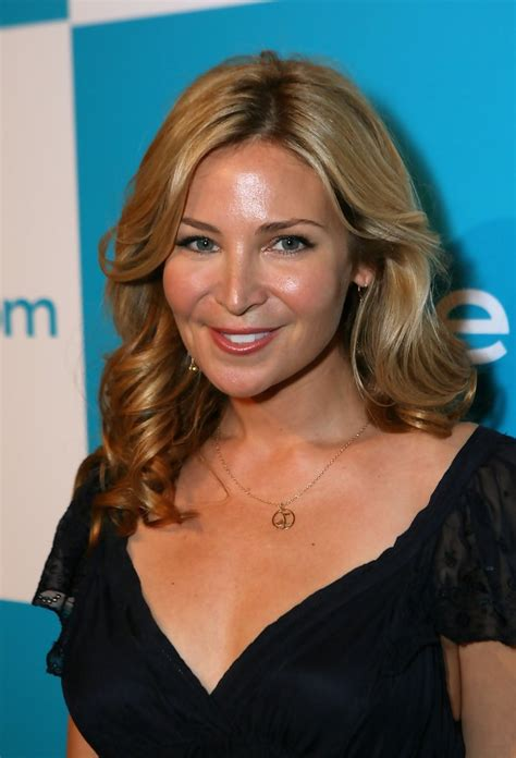 actress jennifer westfeldt jennifer westfeldt medium curls shoulder length