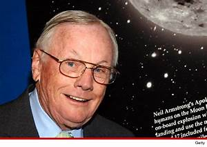 Neil Armstrong dead: 1st man to set foot on moon dies at ...