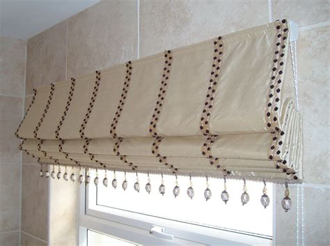fabrics for curtains and blinds keeping the heat out during summer to be home