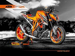 Duke 1290 R : motorlikes ktm 1290 super duke r prototype versus production model ~ Medecine-chirurgie-esthetiques.com Avis de Voitures