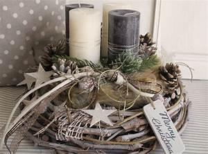 Adventskränze Deko Ideen : die besten 25 rustikale weihnachten ideen auf pinterest ~ Haus.voiturepedia.club Haus und Dekorationen