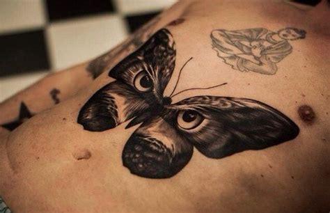 tatouage papillon noir  blanc bodyart pinte