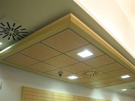 100 deco plafond placo r 233 aliser un plafond retomb 233 es en plaque de pl 226 tre sur ossature