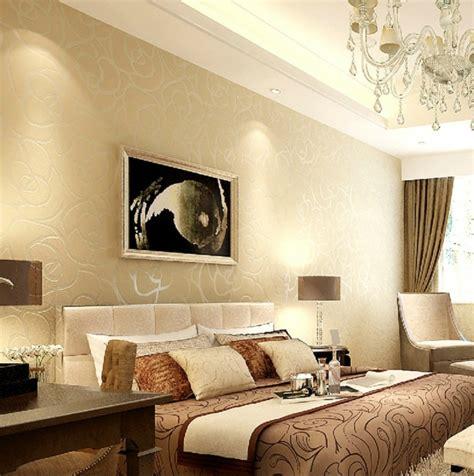 peinture chambre chocolat et beige la peinture abstraite dans l 39 intérieur contemporain