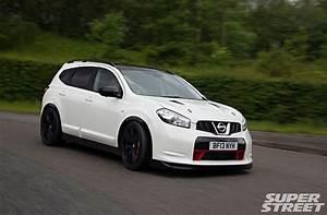 Nissan Qashqai Nismo : 1150hp svm nissan qashqai r gt r powered suv photo image gallery ~ Blog.minnesotawildstore.com Haus und Dekorationen