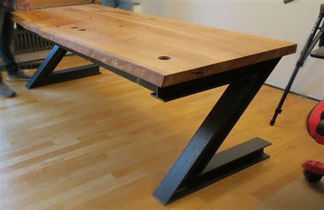 Ein Tisch Fürs Ufo  Wohnsektion Industriedesign Tisch
