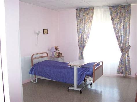 chambre maison de retraite