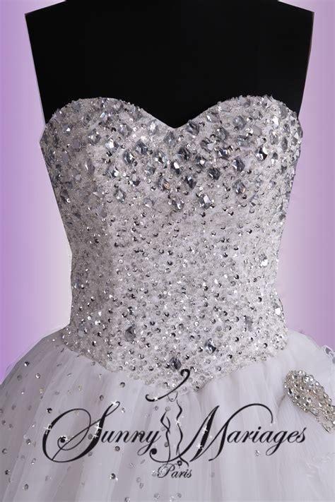 robe de mariée bustier strass robe de mariage forme princesse blanche avec bustier coeur