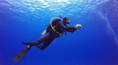 maximum safe ascent rate  scuba diving