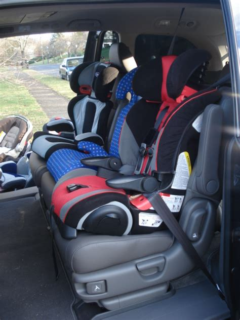 side by side carseats possible in 2nd row