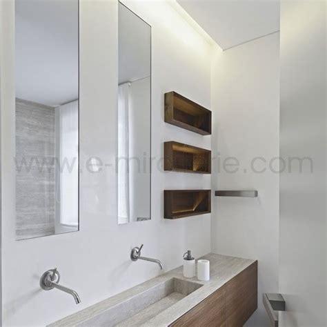 salle de bain longue et etroite les 25 meilleures id 233 es concernant longue salle de bains 201 troite sur salle de bains